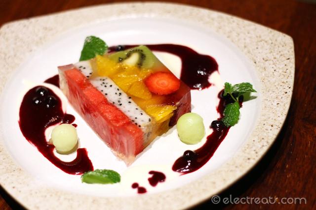 aw-kitchen-by-akira-watanabe-plaza-senayan-10