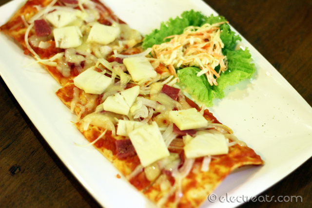 Hawaiian Biscuit Pizza - IDR 28K  Despite what I heard, these failed to make it to my top list.