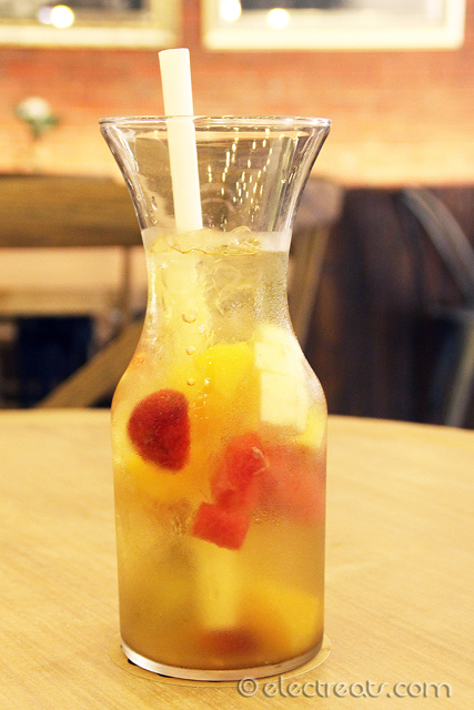 XL Mixed Fruits Green Tea - IDR 53.5K  Nope.