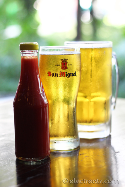 SUPER MUG Draft Beer Promotion: San Miguel 500mL & 1L at IDR 50K & 100K, respectively. They are currently holding a 1KG Steak Challenge as well. Simply ask your waitress to participate.