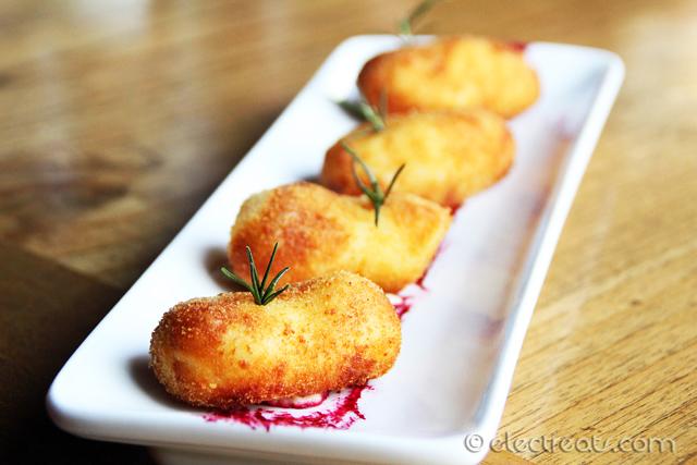 Chicken and Egg Croquettes a.k.a. Croquetas de Pollo y Huevo - IDR 29K  Crispy.