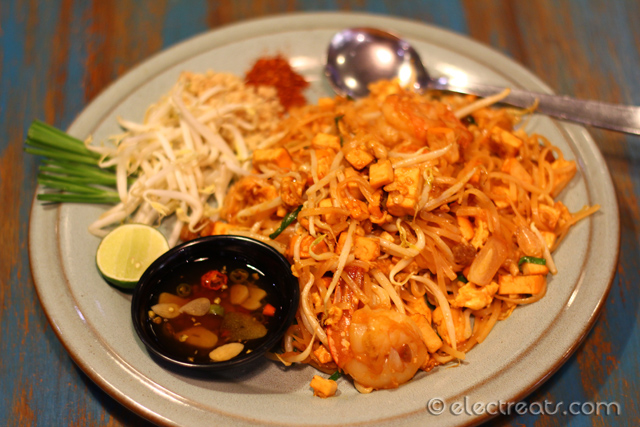 Pad Thai - IDR 59K  Stir-fried rice noodle with shrimps, eggs, tomatoes, bean sprouts, and chives.
